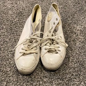 Size 9 white leather converses